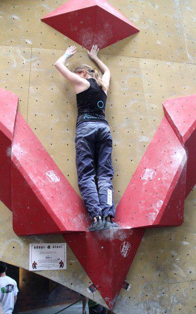 Bergzeit Kletterteam Mitglied Chiara Clostermann in Wuppertal